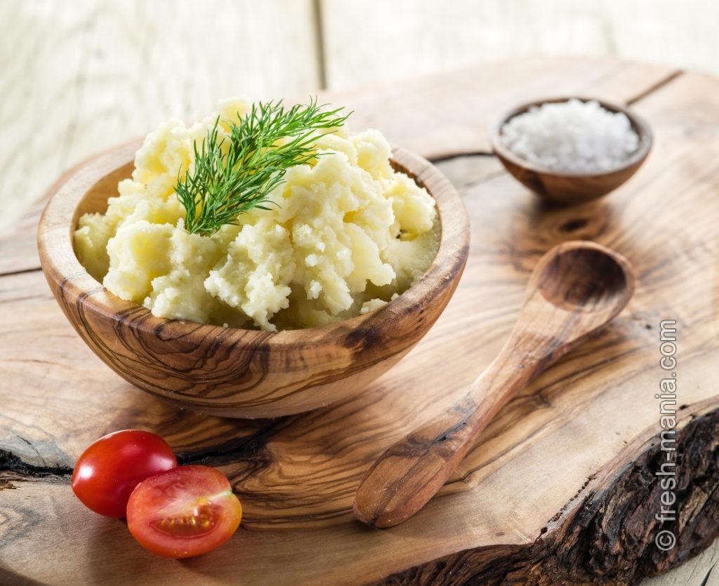 Картофельное пюре на основе миндального молока
