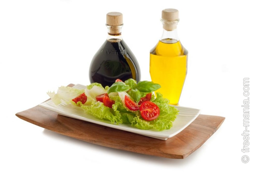 Салаты – самый популярный вариант употребления зелени