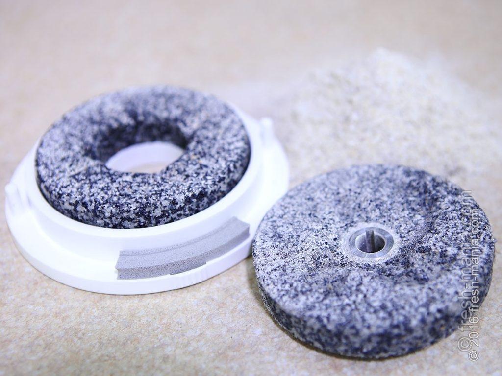 Жерновые камни Fidibus XL Plus способны переработать до 10 тонн зерна