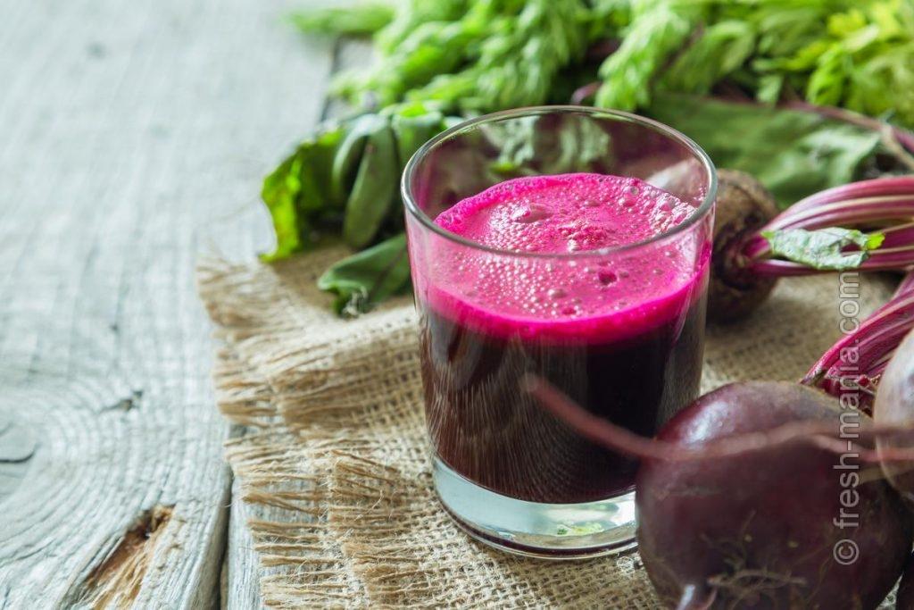 Свекольный сок лучше употреблять в сочетании с другими соками