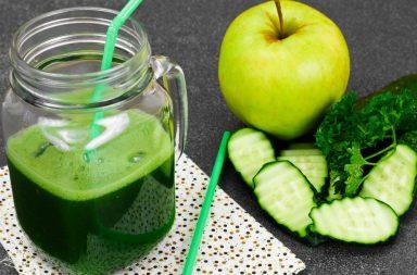 Готовим зеленый коктейль