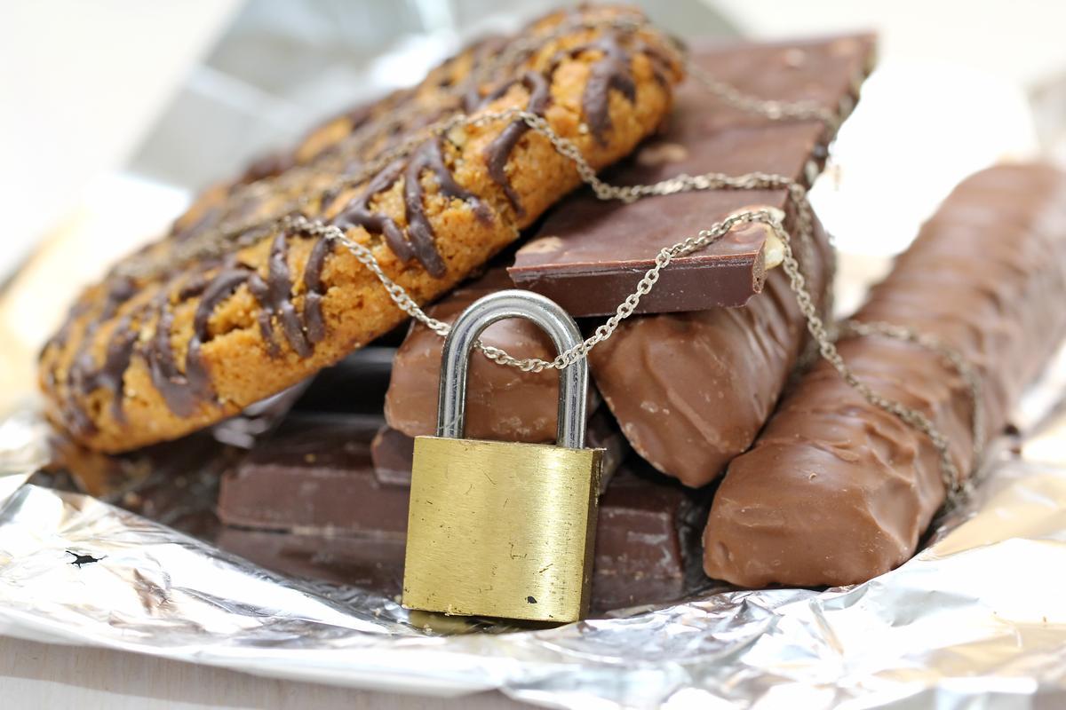6 способов побороть зависимость от сладкого