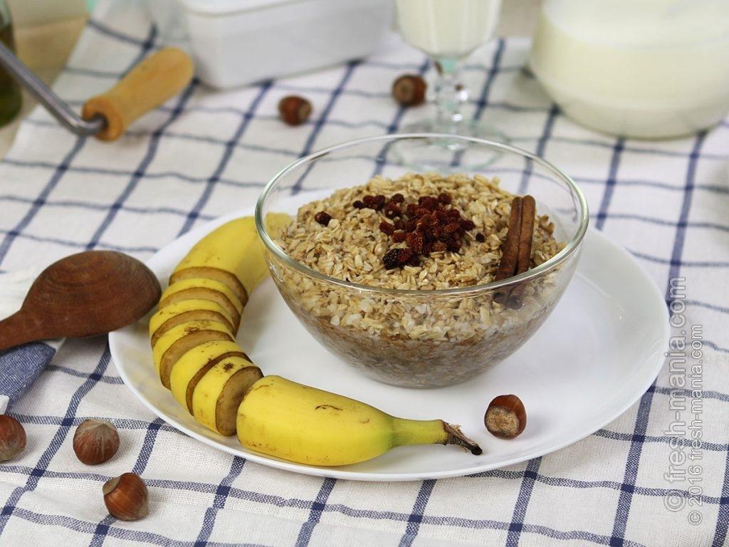 Овсяные хлопья на завтрак — рекомендация многих диетологов