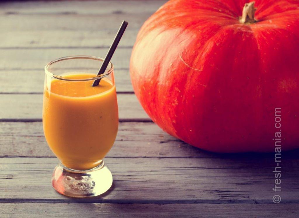 Тыквенный сок вкусно приправлять медом и лимоном