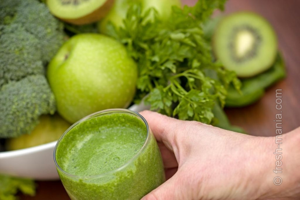 Зеленые коктейли – поставщики хлорофилла