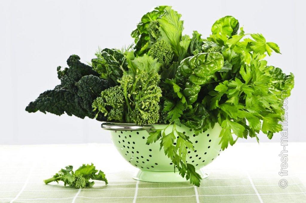 Темно-зеленые овощные полезности