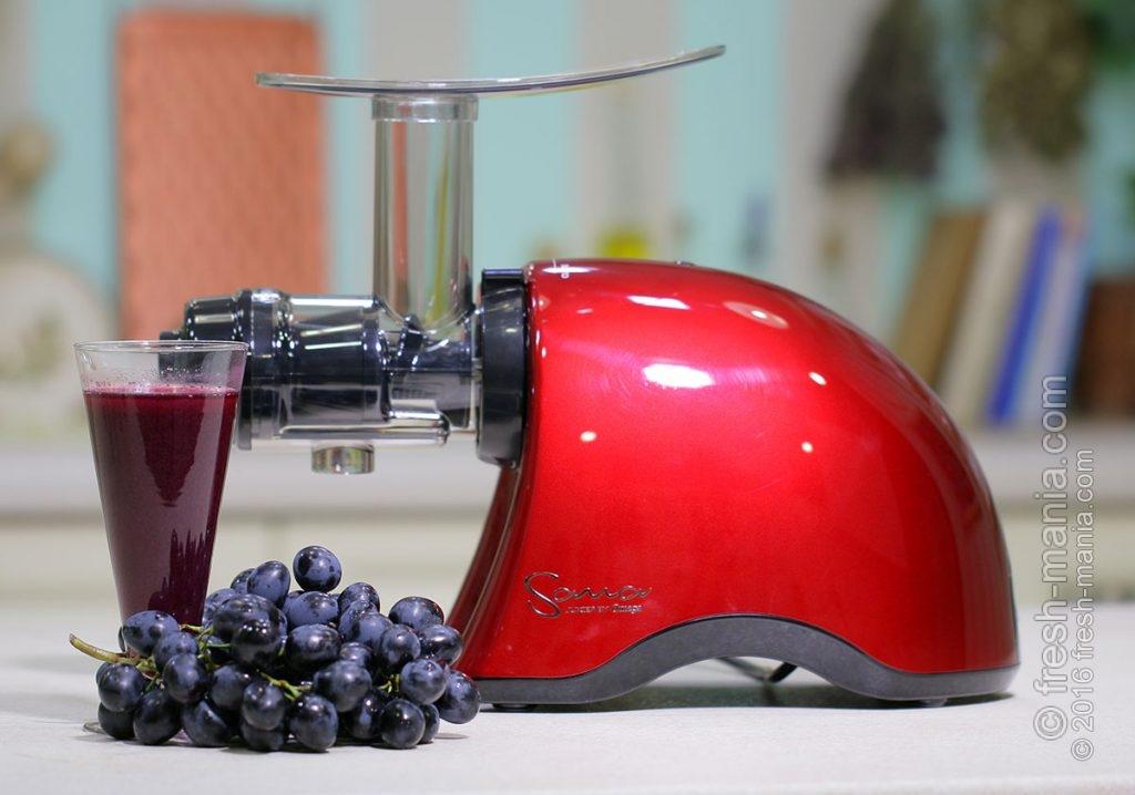 Такой сок Sana 707 делает из винограда