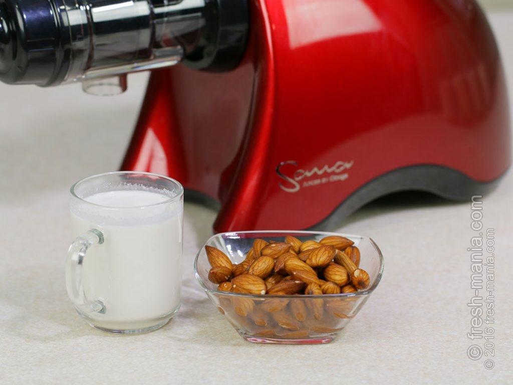 Миндальное молоко на Sana 707