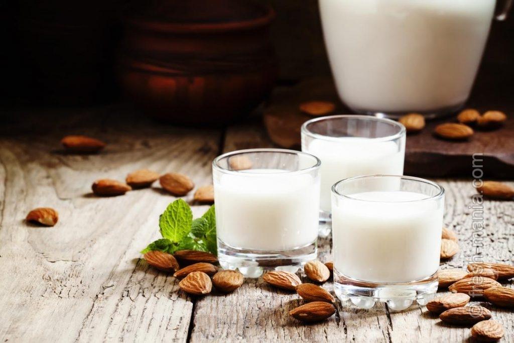 Миндальное молоко долгое время сохраняет свои полезные свойства