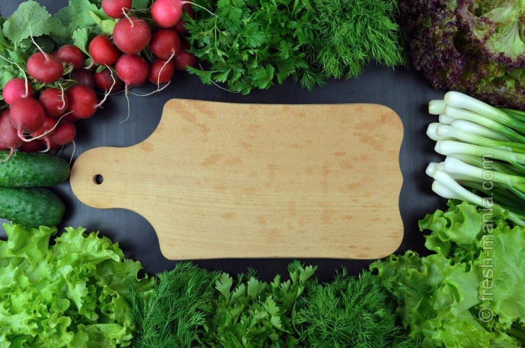 Зелень обладает противовоспалительным эффектом, богата клетчаткой и вкусна полезным бактериям