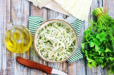 Сыроедческий капустный салат за 10 минут