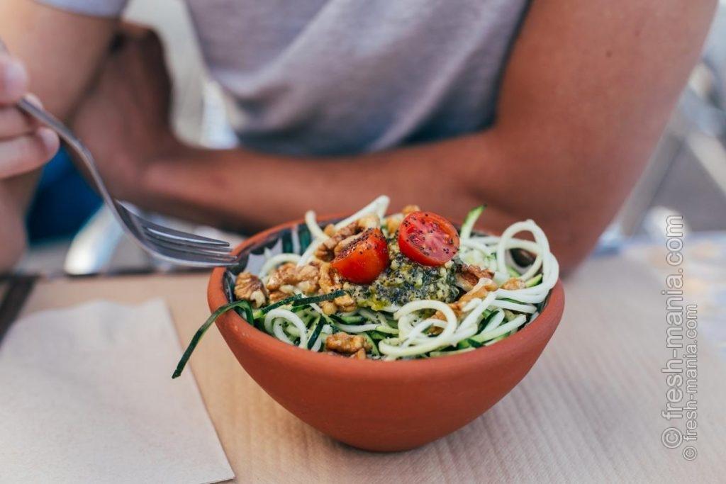 """""""Спагетти"""" из цукини – вкусный рецепт на каждый день"""