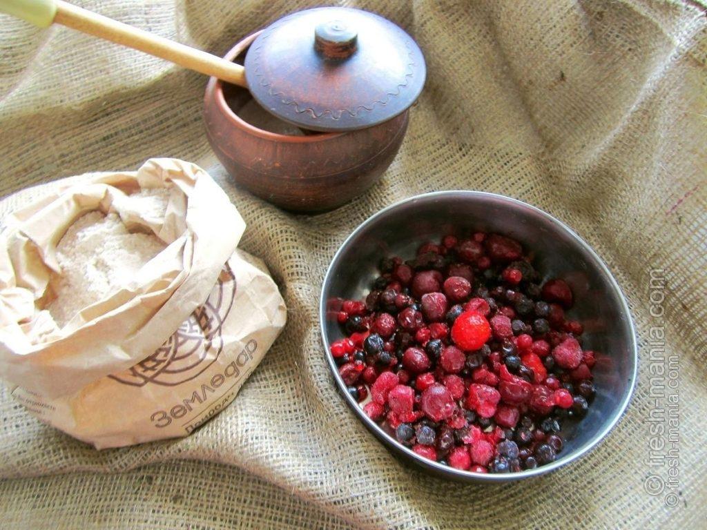 Кекс из цельнозерновой муки на закваске с фруктами
