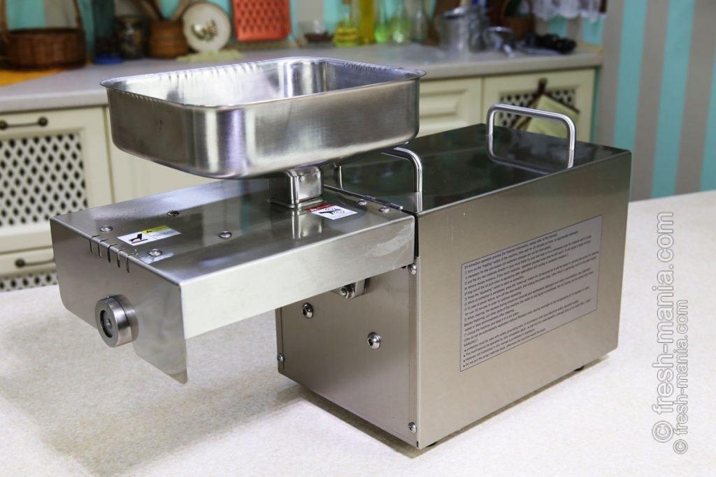 Маслопресс Pure Oil Extractor удобно использовать в домашних условиях
