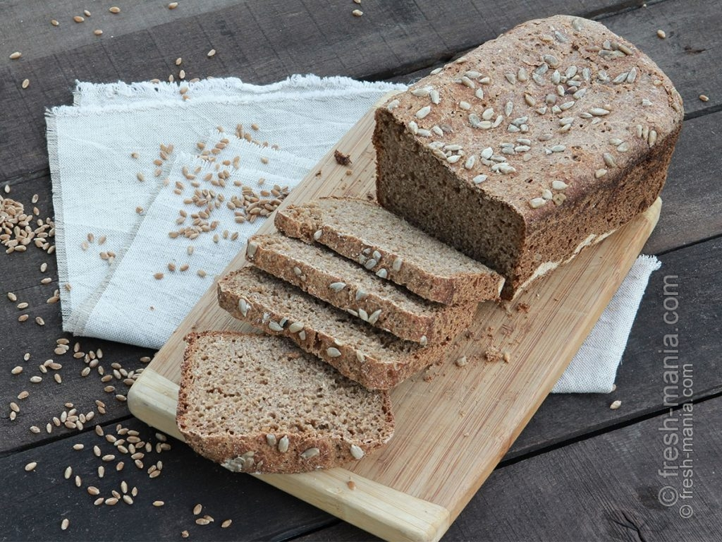 Хлеб на закваске, испечен с помощью хлебопечки Sana