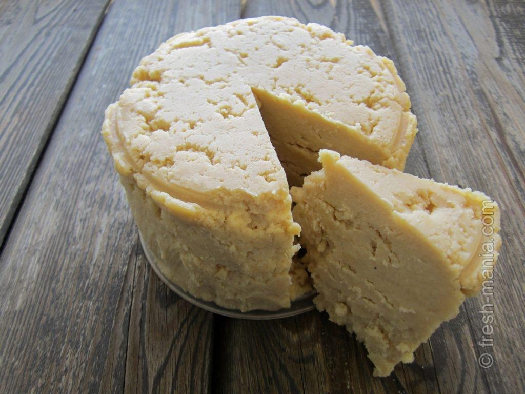 По вкусу и на вид это больше сыр, чем горох