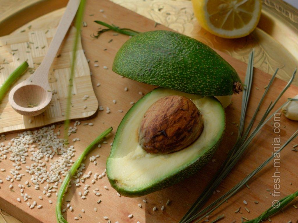 Странноватый, но полезный, то ли овощ, то ли фрукт