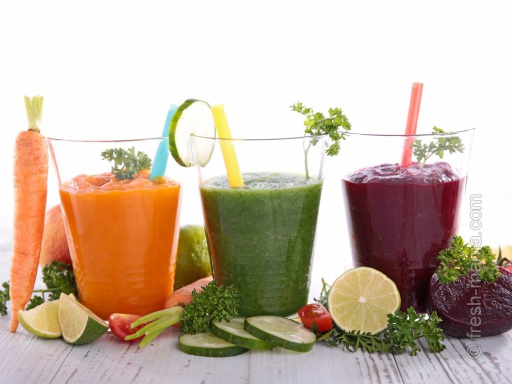 Смузи, соки, травяные чаи – друзья послезимнего организма