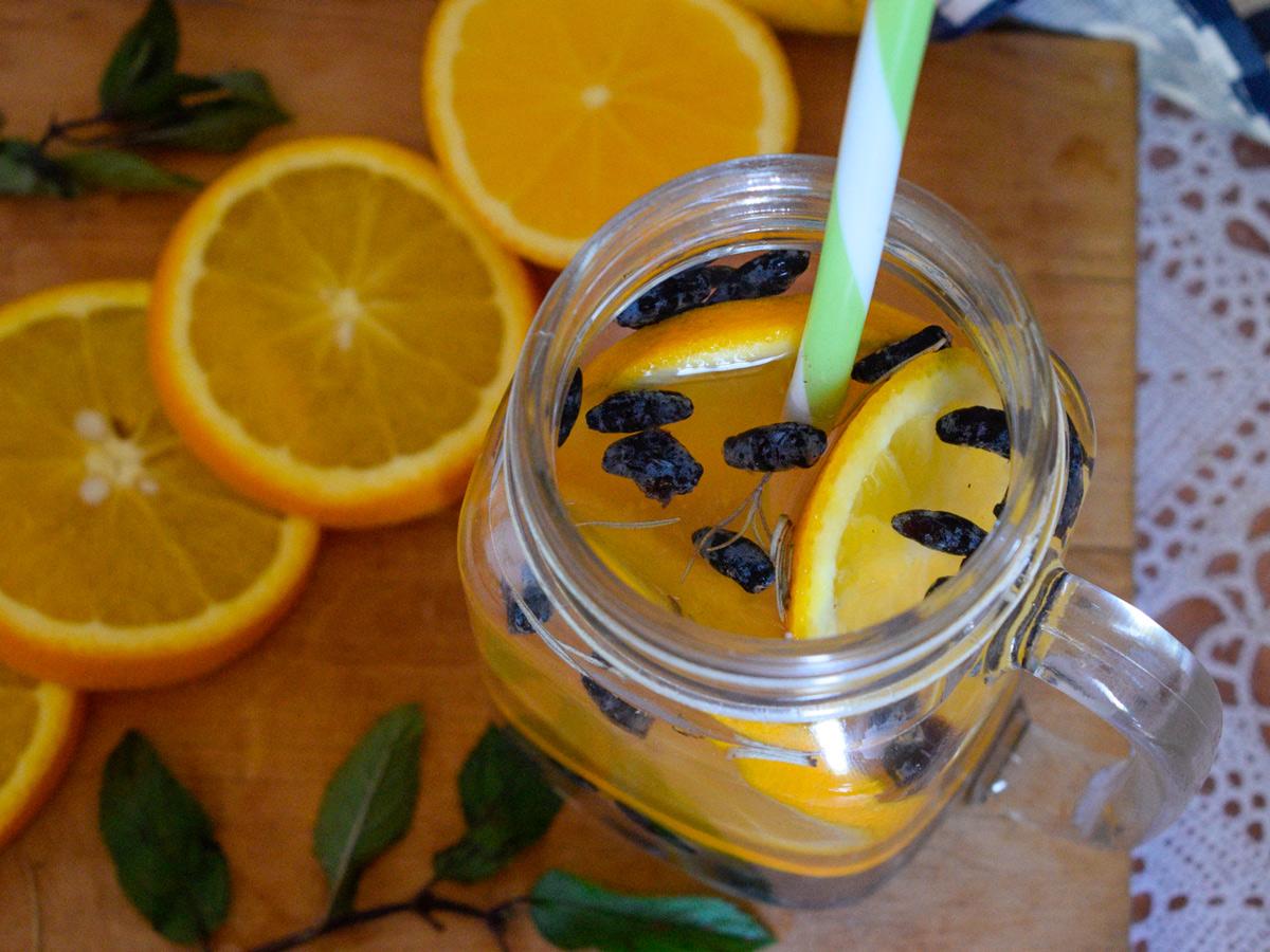 Витаминные прохладительные напитки для жаркого лета