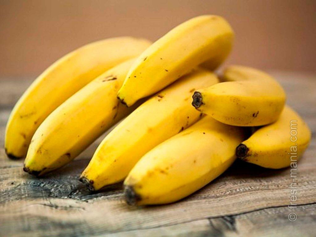 Один банан содержит около 27 мг магния