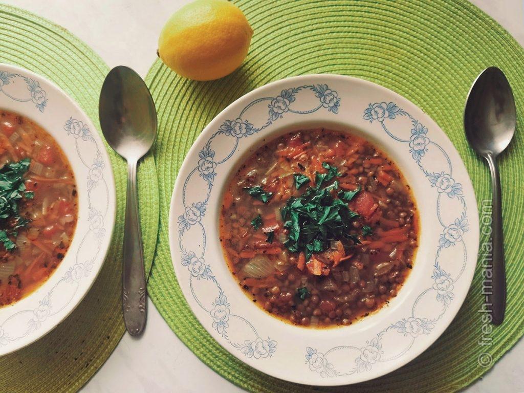 Перед подачей суп можно сбрызнуть лимонным соком