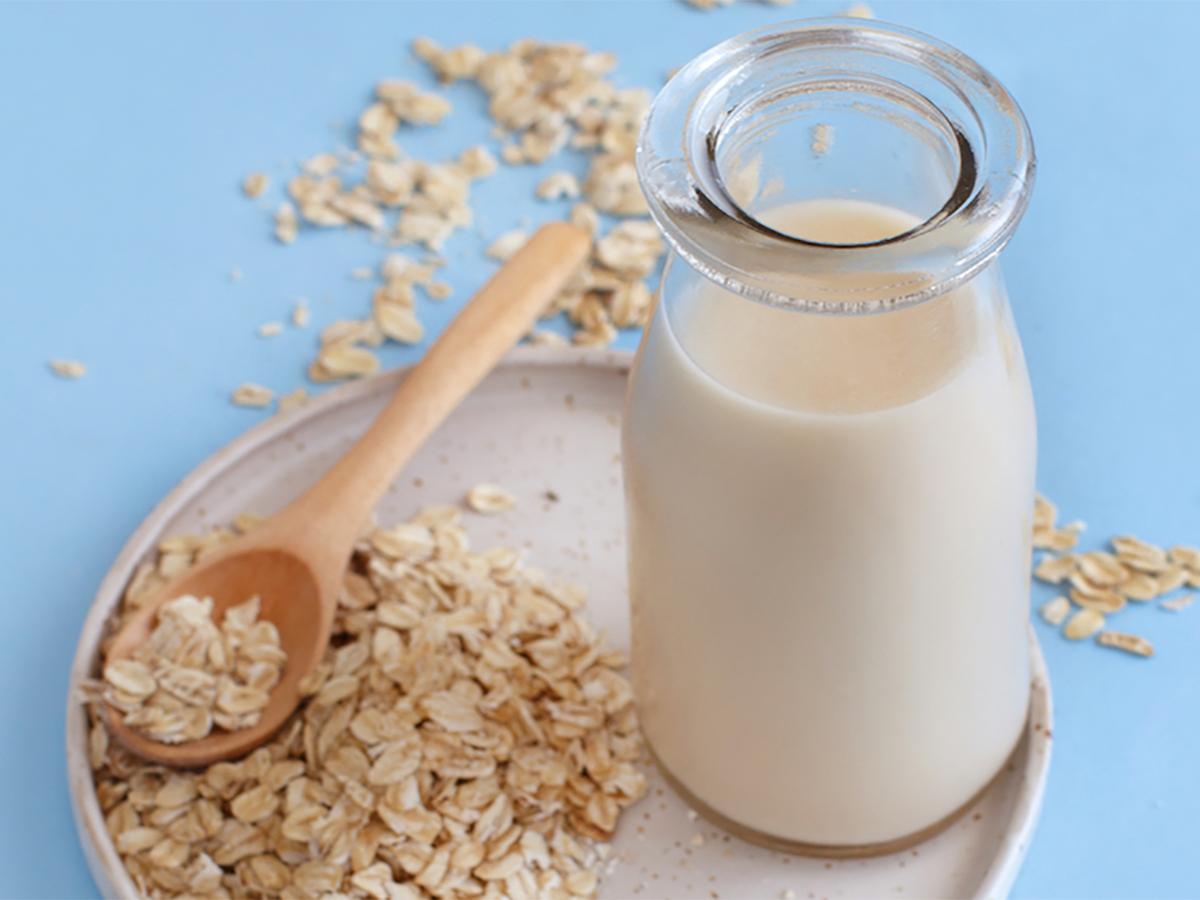 Овсяное молоко: польза, питательность и приготовление дома