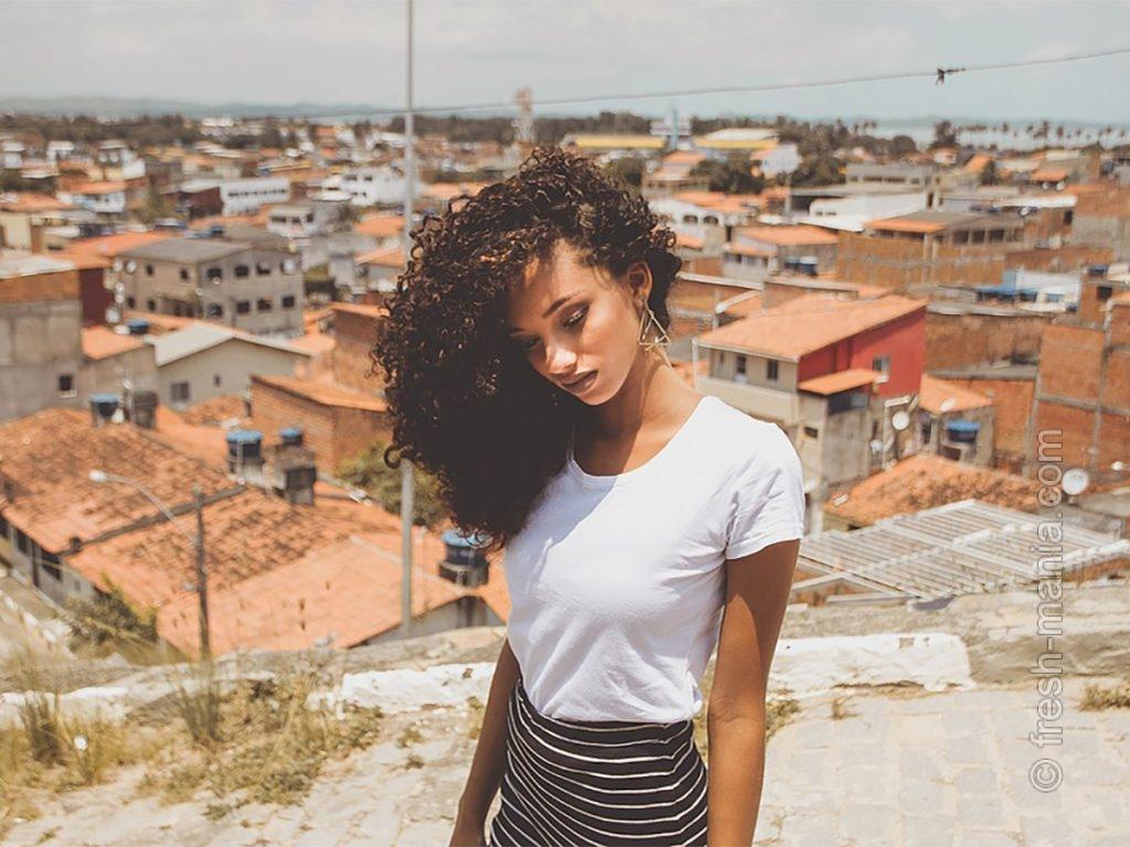 Регулярное втирание масла – восточный секрет красоты волос
