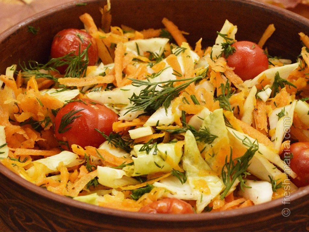 Тыквенно-капустный осенний салатик