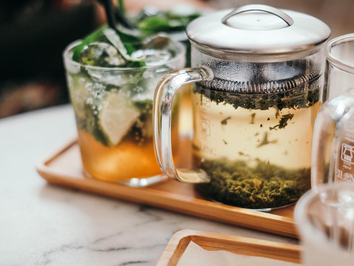Чай из петрушки – эффективное средство против акне